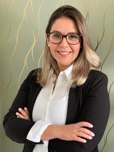 Dra. Thaís M. Pereira